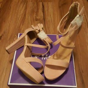 NewPlatform Heel 🍭3 for $20